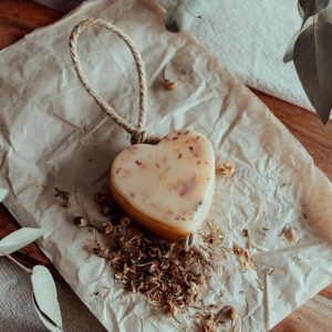 Dindi Naturals Scented Wax Heart – 2 Scents Available